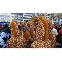 Köln'de 11.11 Karnaval Sezonu Başladı