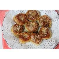 Kıymalı Patatesli Yufka Böreği