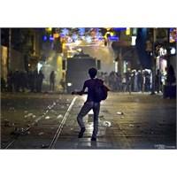 Taksim'de Müzik Sektörü Öldürülüyor