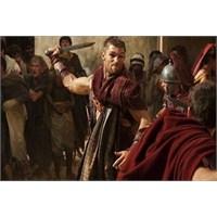 """""""Işıkla Kör Etmek"""" Spartaküs - Bir İsyanın Anatomi"""
