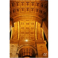 Paris: Arc De Triomphe