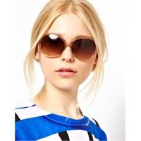 Bayan Güneş Gözlüklerinde Yeni Moda
