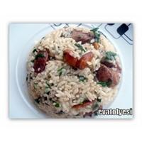 Bademli Ve Tavuklu Pirinç Pilavı