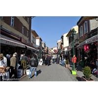 Anadolu'nun Tipik Alışveriş Merkezlerinden Taşbaşı