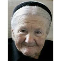 Yaşlanmayı Önlemede Etkili Yol: Günlük Cilt Bakımı