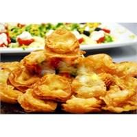 Pratik Patatesli Çiçek Börek