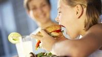 Hazır Gıdayı Çocuğunuzdan Uzak Tutun