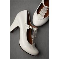 Gelinlik Aksesuarları ve Şık Ayakkabılar