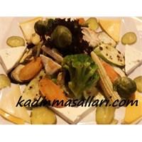 Buharda Pişmiş Sebze Salatası