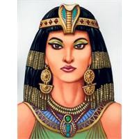 Kleopatra Çirkinin Tekiydi..