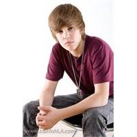 Justin Bieber Kimdir ?