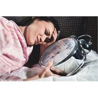 Uyku Problemi Olanların Uzak Durması Gereken Alışk