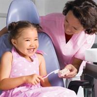 Çocuklara Dişçi Koltuğunu Sevdiren Yöntemler