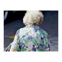 Yaşlanan Kadına Yer Yok...