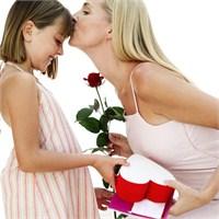 Anneler Gününde Ne Hediye Alınır?