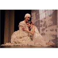 """""""Romeo Ve Juliet"""" Tüketilemeyen Bir Aşk Hikâyesi"""