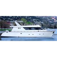 Şanzelize Tekne Ve Yatları İle Çeşitli Boğaz Turu