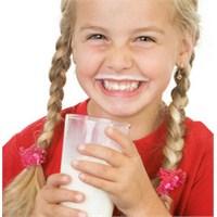 Çocuklar Düzenli Olarak Süt İçmiyor!