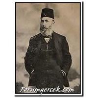 Lk Realist Türk Roman Yazarı