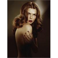 Yuvarlak Yüz Şekli Ve Uzun Saç Modelleri