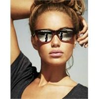 Vee 2013 Yılının En Moda Gözlükleri..