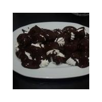 Çikolata Soslu Beze Tarifimiz