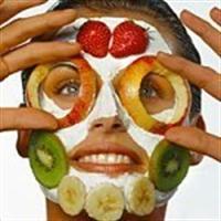 Meyvelerle Cilt Maskesi
