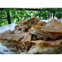 Cafe Kanelo'nun Patatesli Böreği
