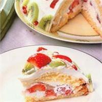Çilekli Kivili Pasta Yapımı