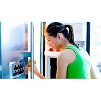 Yiyecekler Buzdolabına Doğru Yerleştirilmeli