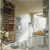 Küçük Mutfaklarda Yer Kazandıran Çözümler