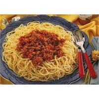 Hep Birlikte Bolonez Soslu Spagetti Yapalım
