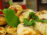 Köz Patlıcanlı Börek