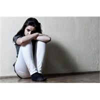 Depresyon Nedir : Belirtileri Ve Tedavisi