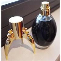 Lady Gaga'nın Siyah Parfümü Fame