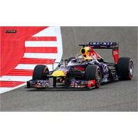 Vettel Amerika'da Rahat Kazandı