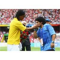 Messi'nin Kurbanları: Ronaldinho & Maradona