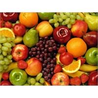 Yaza Sağlık Katan 10 Meyve