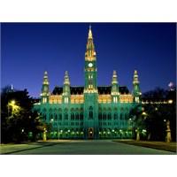 Viyana'yı Bir Viyanalı Gibi Gezmek…