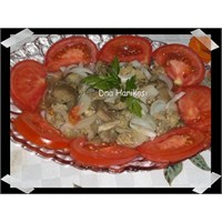 Közlenmiş Patlican Konservesinden Salata