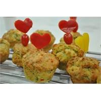 Cevizli Muffin..