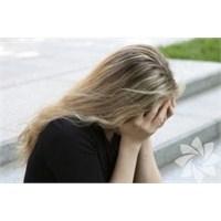Sosyal Fobi Kadınlarda Daha Sık Görülüyor!