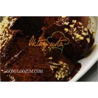 Oktay Ustadan Çikolata Soslu Çaylı Kek