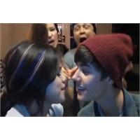 #callmemaybe Çılgınlığı Ve Justin Bieber