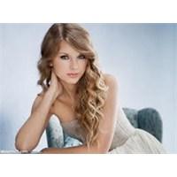 Taylor Swift'den Yeni Klip – 22 / Sözleri / İzle