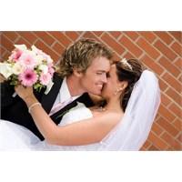 Mutlu Evlilikler İçin 13 Yöntem