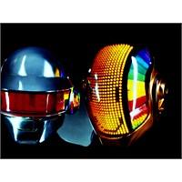 Daft Punk Yeni Albümün İlk Teaserını Paylaştı.