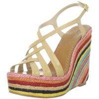 Trend: Multicolor Ayakkabı Modelleri