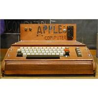 İlk Apple Bilgisayarı Açık Artırmada Satıldı