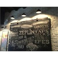 Moda'da Zeplin Pub Bar Aydınlatma